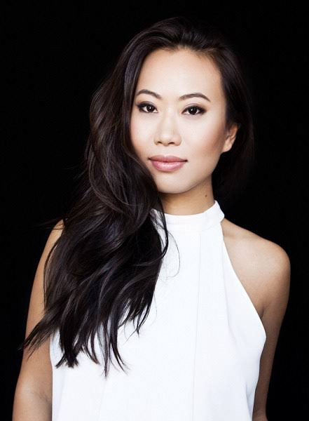 """Kelly Mi Li Net Worth """"Bling Empire Star"""" Relationships And More"""