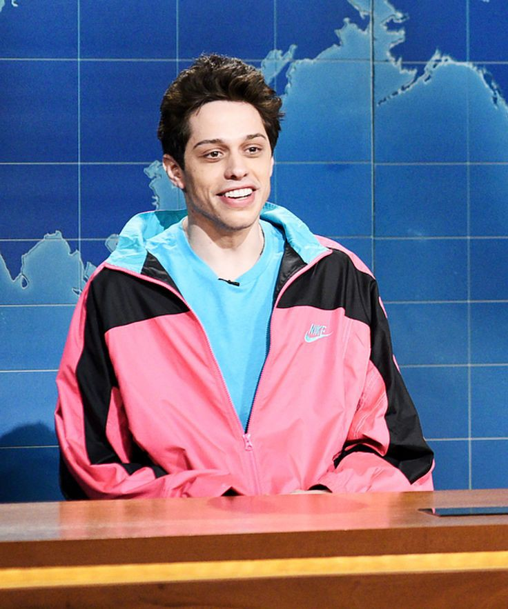 Pete Davidson Dating with Phoebe Dynevor? Current Status, Relationship Timeline and more