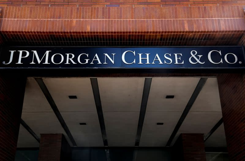 Jamie Dimon Claims JP Morgan Chase Made $1.5 Billion Dollars From Draft, Is it True?
