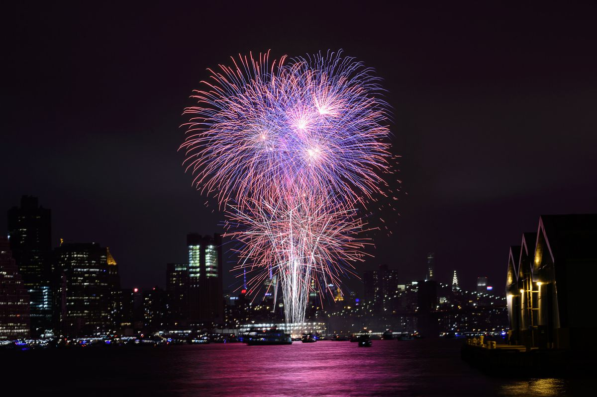 Where To Watch Macy Fireworks 2021 In New York
