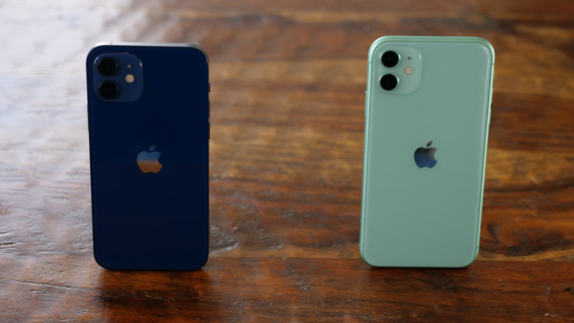 iPhone 12, iPhone 11 Price drop for the start of the school year