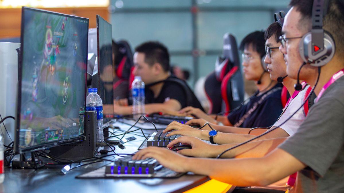 China BANNING Video Games